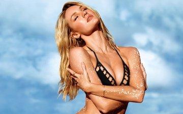 небо, девушка, фон, блондинка, модель, грудь, волосы, фигура, купальник, длинные, кэндис свейнпол
