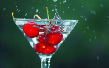 water, background, drops, berry, squirt, glass, cherry.cherry