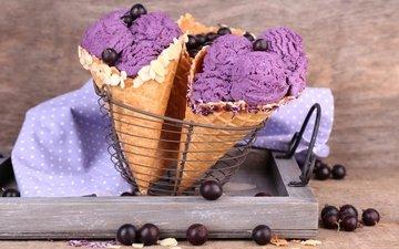 мороженое, ягоды, лесные ягоды, рожок, мороженное, десерт, смородина, вафля, сладенько