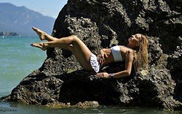 mountains, stones, girl, sea, pose, legs, photographer, sexy, body, tans, giovanni zacche