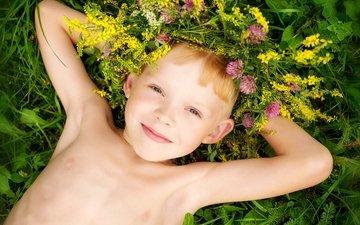 цветы, улыбка, портрет, лето, дети, радость, мальчик, счастье, детство, венок