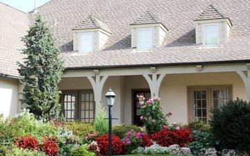 цветы, кусты, дом, фонарь, газон, особняк