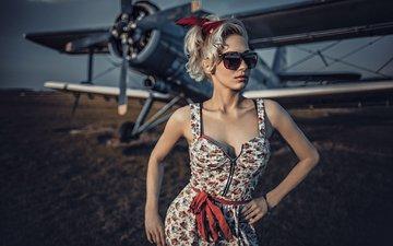 девушка, самолет, блондинка, очки, модель, биплан, сарафан