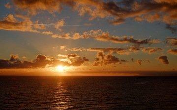 солнце, море, горизонт, облака. закат