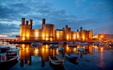 небо, ночь, огни, отражение, яхты, замок, лодки, англия, бухта, уэльс, замок карнарвон