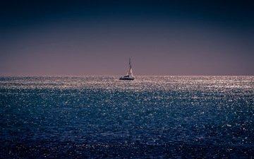ночь, море, лодка