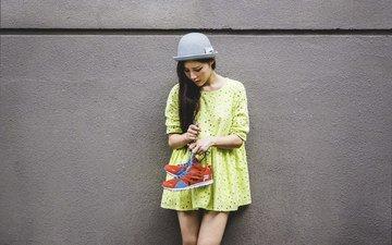девушка, платье, шляпка, шляпа, азиатка, кроссовки