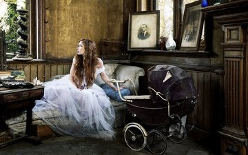 girl, the bride