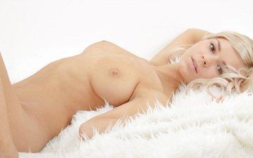 грудь, обнаженная, голые, обнаженные девушки