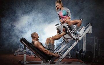 девушка, мужчина, спортзал