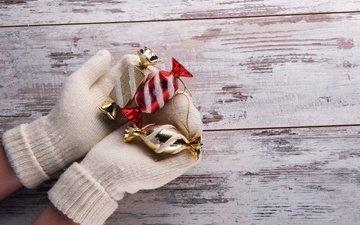 зима, руки, рождество, перчатки, встреча нового года, счастливого рождества, елочная