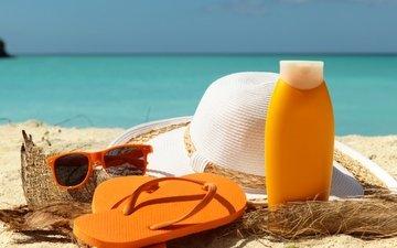 крем для торта, море, песок, пляж, лето, очки, отдых, бокалы, вс, шляпа, каникулы, сланцы, летнее, аксессуаров