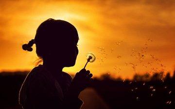 природа, закат, девочка, силуэт, одуванчик, детство