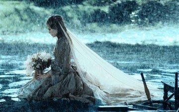 девушка, платье, дождь, букет, кира найтли