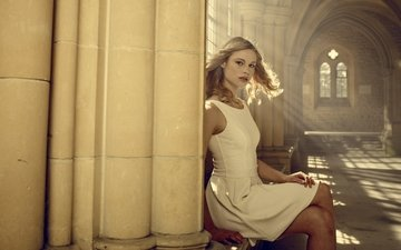 dress, blonde, fantasy, hall, horror, in white, lucy fry, vampire academy
