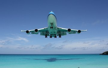 shadow, the ocean, liner, boeing 747
