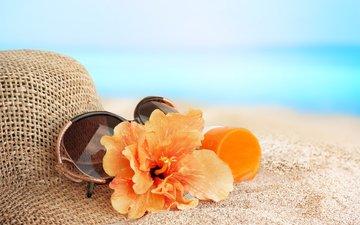 цветы, море, песок, пляж, лето, очки, отдых, шляпа