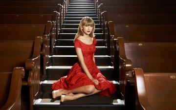 лестница, ступеньки, платье, блондинка, зал, сидит, фотограф, актриса, певица, красное платье, в красном, тейлор свифт, sony inside edge, nigel baker