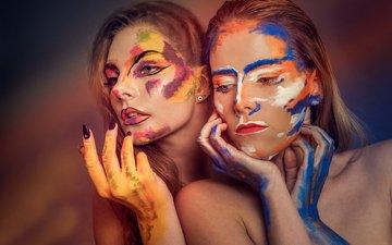 арт, краска, макияж, две девушки, three of five colors