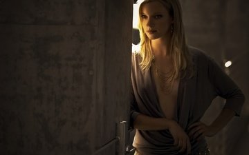 actress, necklace, amy smart
