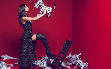 dress, pose, brunette, chair, model, wall, photographer, toys, actress, hairstyle, figure, boots, photoshoot, sharks, zebra, emily ratajkowski, inflatable, dove shore
