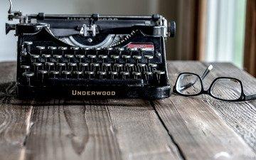 очки, бокалы, печатная машинка, underwood, пишущая машинка