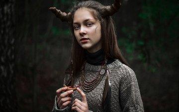 девушка, перья, рога, фантазии, косплей