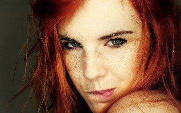 девушка, губы, лицо, зеленые глаза, веснушки, рыжеволосая