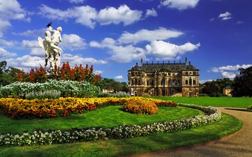 небо, цветы, облака, деревья, сад, дворец, германия, скульптура, газон, дрезден, клумбы, palace großen garten, great garden