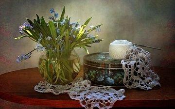 bouquet, napkin, primrose, thread, box, knitting, scilla
