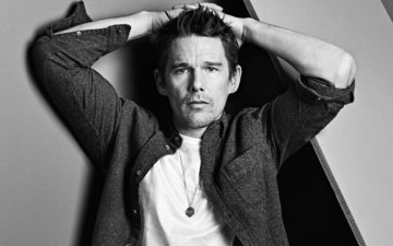 photo, pose, portrait, black and white, actor, shirt, ethan hawke, mark abrahams, california style