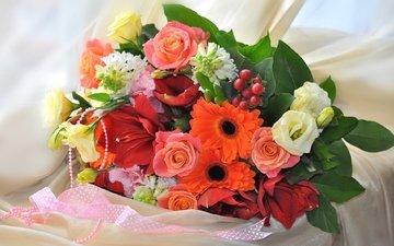 розы, букет, герберы, гиацинт, эустома, гиппеаструм
