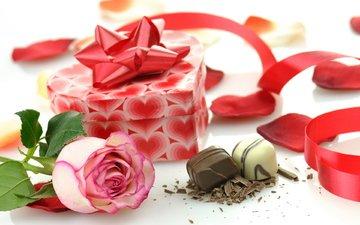 роза, лента, шоколад, коробка