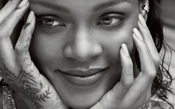 photo, smile, black and white, model, face, singer, hands, close-up, rihanna, vogue, mert alas, marcus piggott