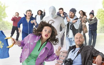 the camera, bench, characters, poster, bag, comedy, 30 dates, natalia medvedev, nikita panfilov, garik kharlamov, nikita dzhigurda
