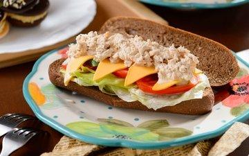 бутерброд, сыр, хлеб, овощи, соус