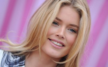 blonde, smile, model, face, beauty, doutzen kroes, closeup, victorias secret angel