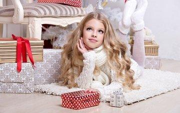 блондинка, взгляд, девочка, подарок, рождество, свитер, красивая, blond, елочная, glance
