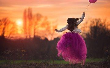 платье, прыжок, девочка, шарик, в прыжке