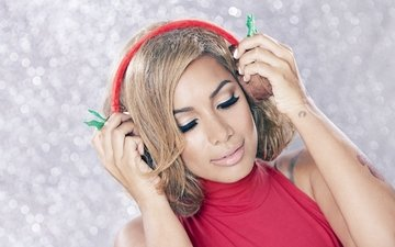 girl, headphones, singer, leona lewis