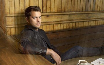 look, actor, face, male, joshua jackson
