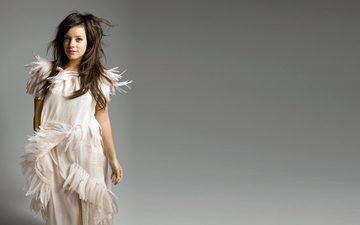 dress, hair, singer, lily allen