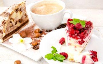 орехи, малина, кофе, ягоды, выпечка, десерт, пирожное, сладенько