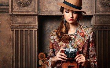 девушка, портрет, взгляд, модель, фотоаппарат, волосы, лицо, шляпа