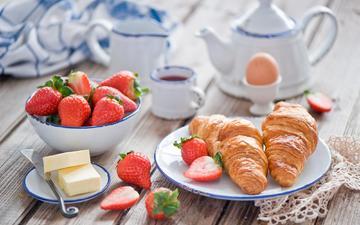 еда, фрукты, клубника, масло, плоды, чай, сладкое, водопой, круасан, круассан, сладенько