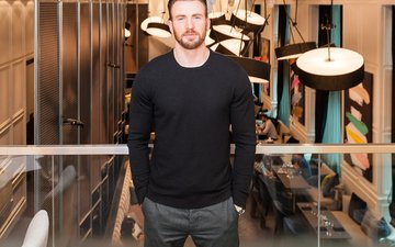 actor, male, sweater, chris evans