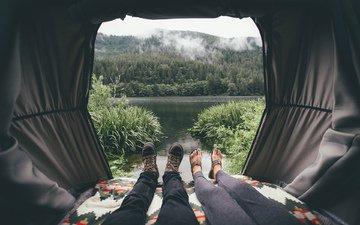 озеро, палатка