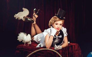 girl, magic, pigeons, circus, diana lipkina