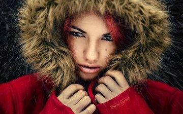 глаза, девушка, взгляд, губы, лицо, мех, капюшон, delaia gonzalez, gевочка, пуховик, модел