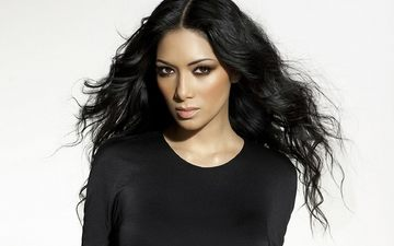 background, white, hair, face, makeup, hairstyle, nicole scherzinger